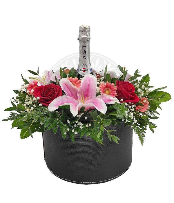 Στρογγυλό κουτί με λουλούδια και Martini
