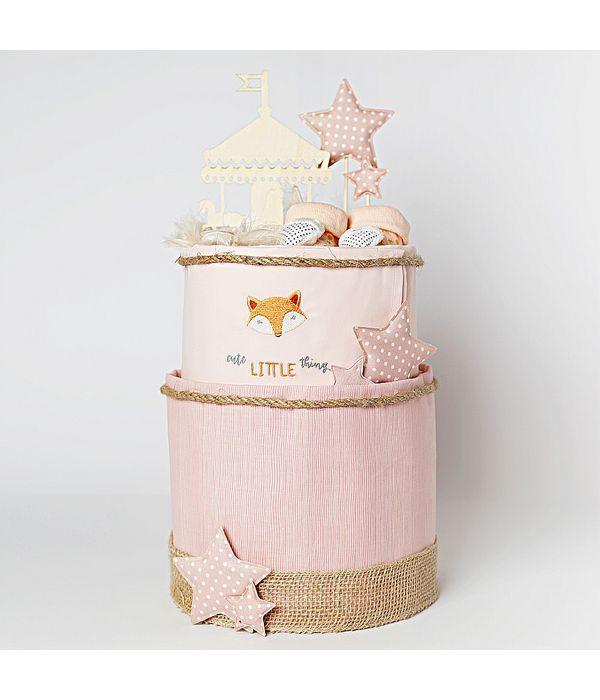 Diaper Cake για το χαριτωμένο νεογέννητο κοριτσάκι