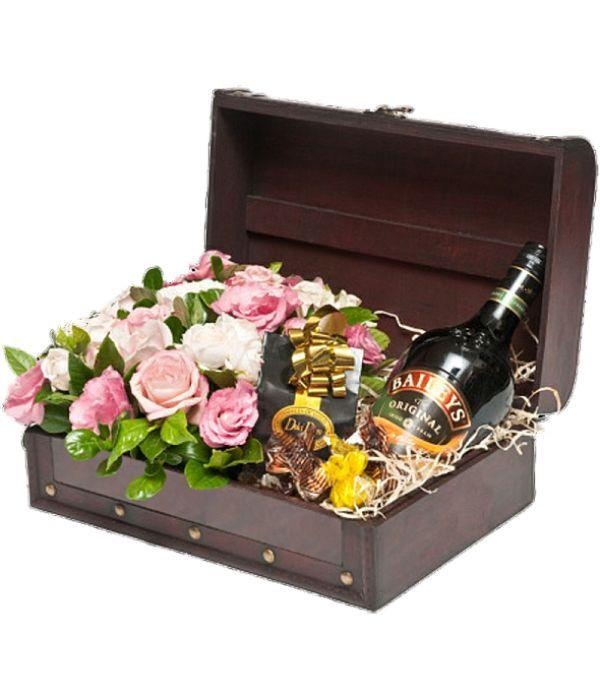 Μπαουλάκι με τριαντάφυλλα, σοκολατάκια και Baileys