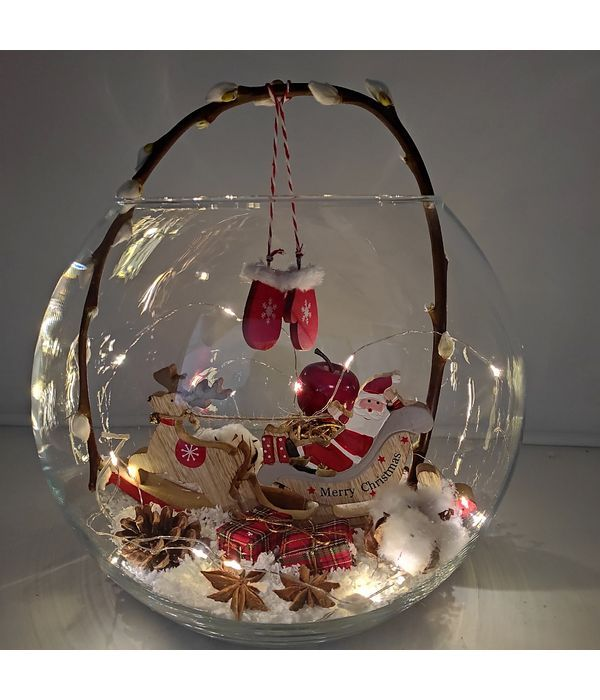 Christmas sleigh in fishbowl