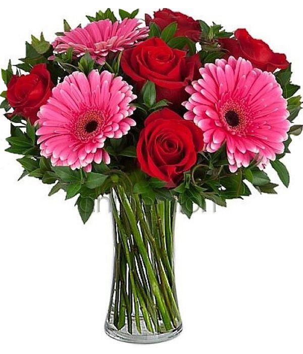 Μπουκέτο με τριαντάφυλλα και ζέρμπερες