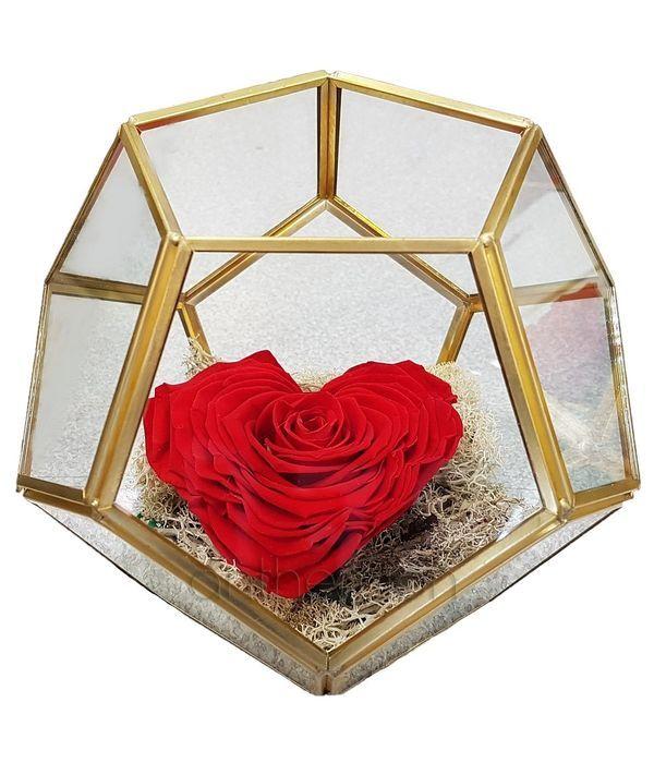 Παντοτινό τριαντάφυλλο σε γυάλινη πολύπλευρη βάση