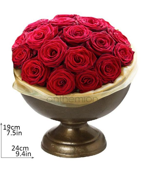 Metallic bowl with red roses