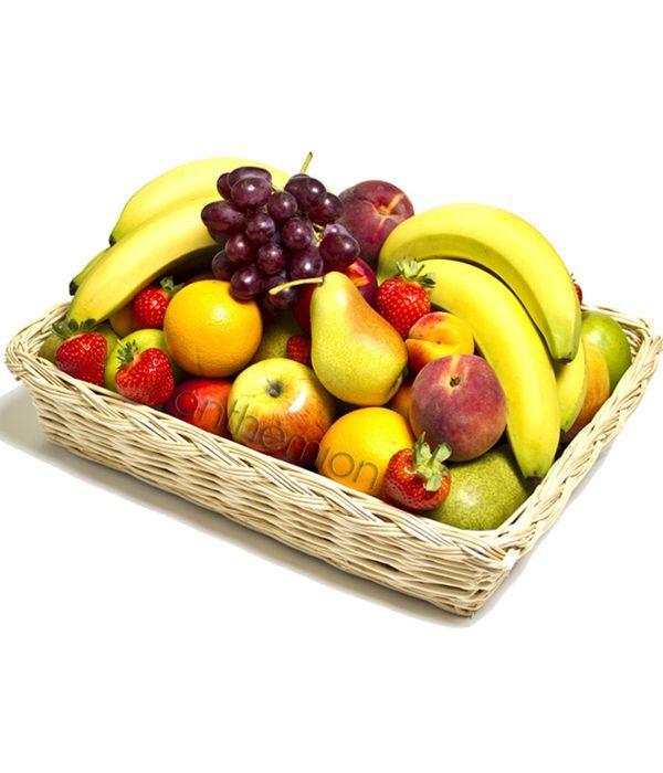 Φρούτα σε καλάθι
