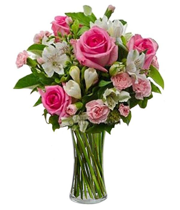 Bouquet of roses and alstromerias
