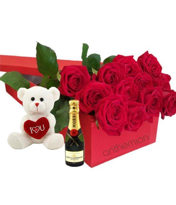 Κόκκινα τριαντάφυλλα σε κουτί με αρκουδάκι και MOET