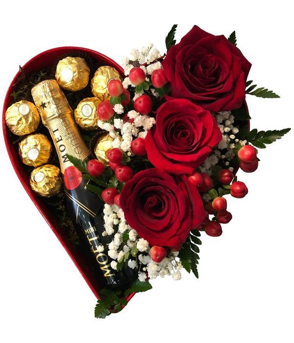 Heart base with roses, chocolates and MOET