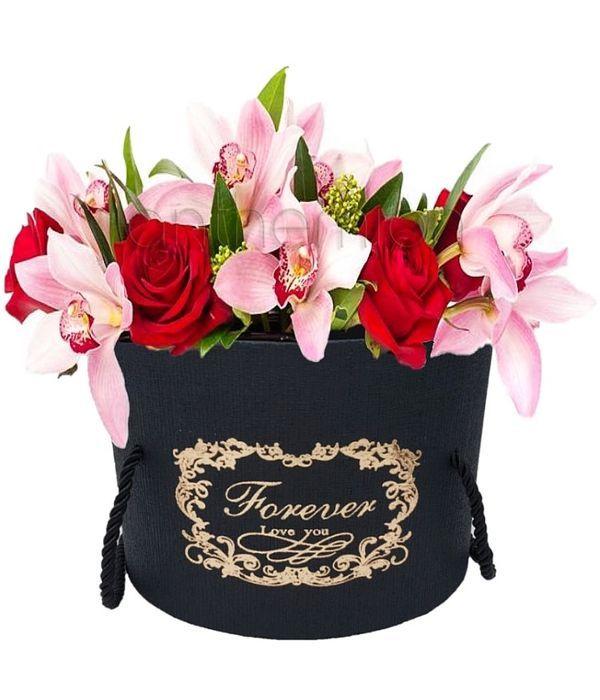 """Πανέμορφα λουλούδια σε κουτί """"Forever love you"""""""