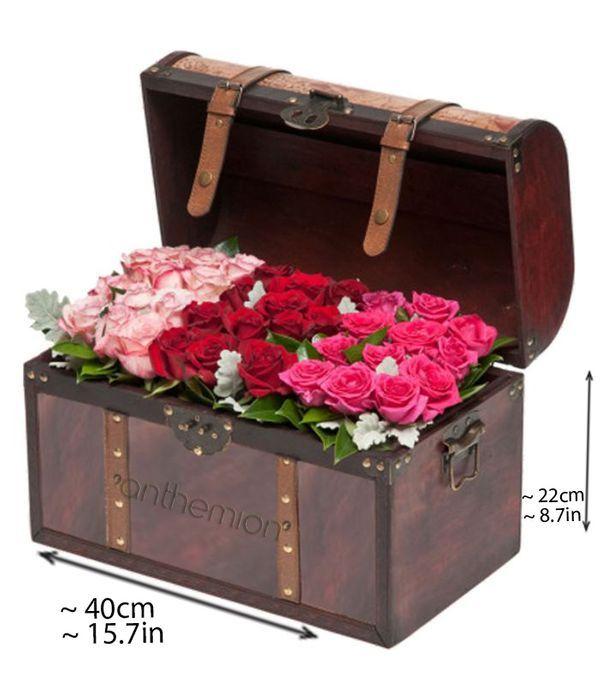 Μπαουλάκι με 36 τριαντάφυλλα σε διάταξη