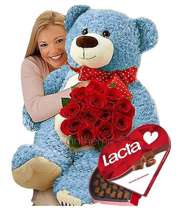 Τριαντάφυλλα, σοκολατάκια και μπλε αρκούδος