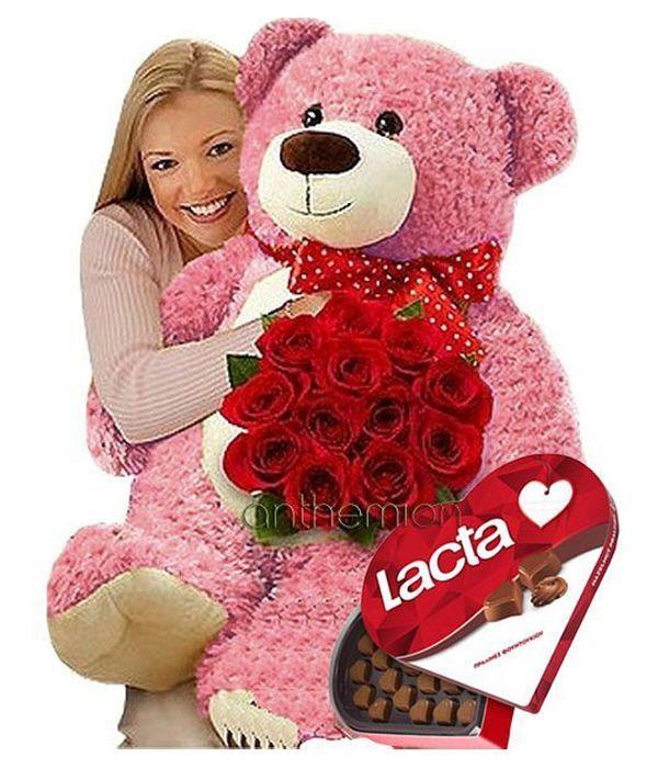 Τριαντάφυλλα, σοκολατάκια και ροζ αρκούδος