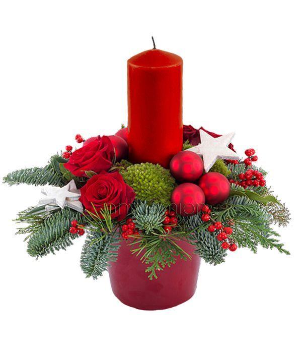 Γιορτινή σύνθεση με κερί και στολίδια