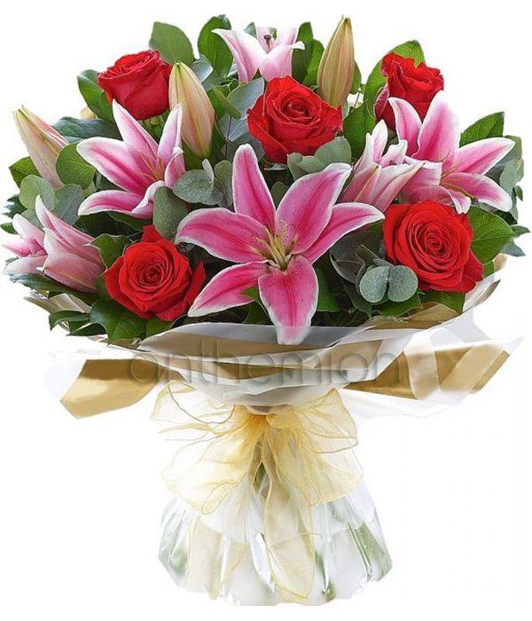 Λίλιουμ με τριαντάφυλλα κόκκινα
