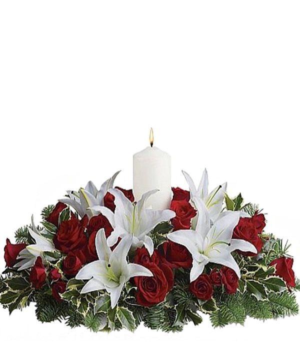 Κόκκινα τριαντάφυλλα με λίλιουμ οριεντάλ