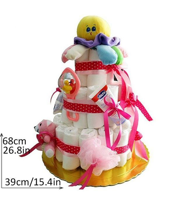 Τριώροφη τούρτα με πάνες για κοριτσάκι