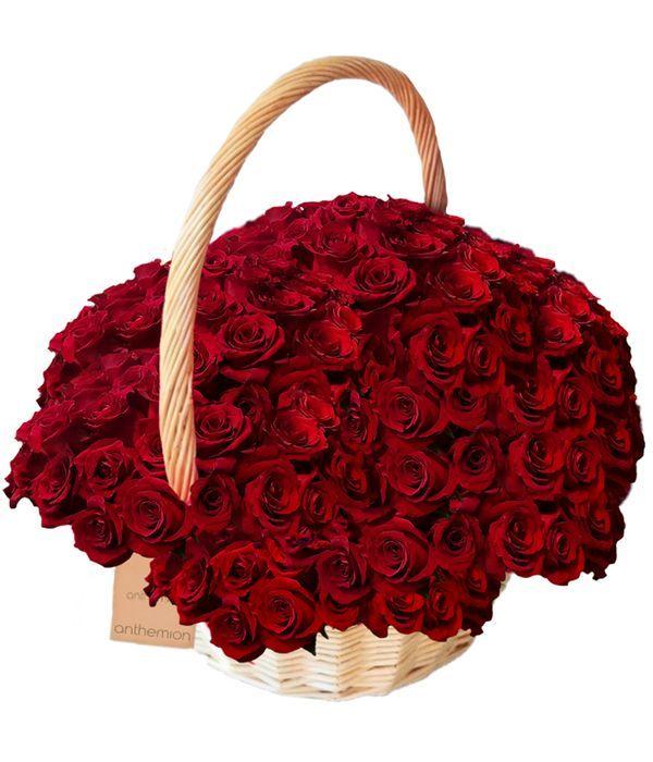 Καλάθι με 100 κόκκινα τριαντάφυλλα
