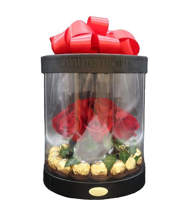 Κουτί με διαφάνεια, τριαντάφυλλα και Ferrero Rocher
