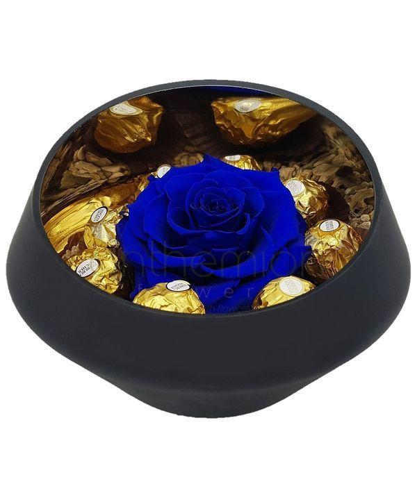 Μπλε forever rose και σοκολατάκια
