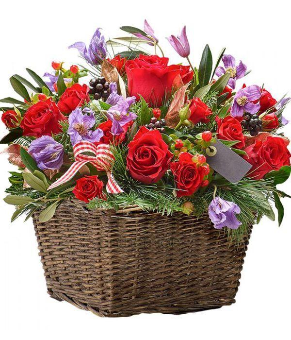Γιορτινό καλάθι με λουλούδια εποχής