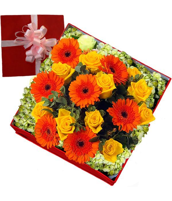 Roses and gerberas in square gift box