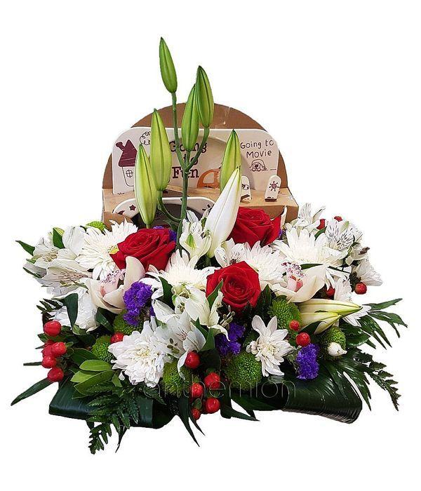 Λουλούδια και δώρα για νεογέννητο αγοράκι