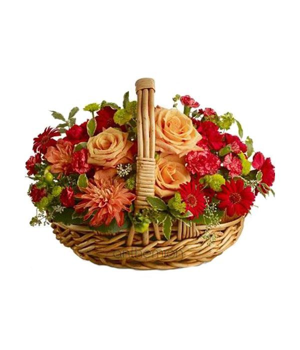 Charming basket with flowers