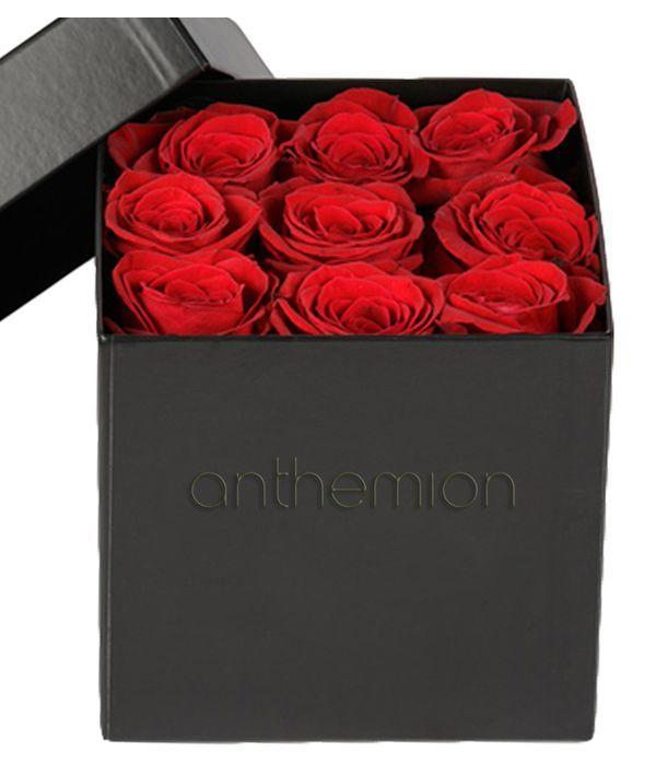 Ρομαντικά τριαντάφυλλα σε κουτί