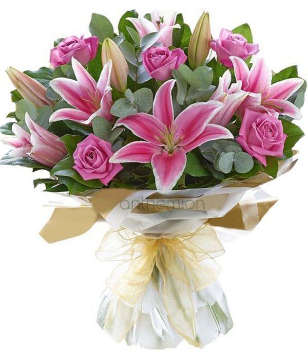 Μπουκέτο με ροζ λίλιουμ και τριαντάφυλλα