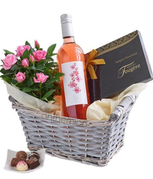 Καλάθι Δώρου με Ροζέ Κρασί