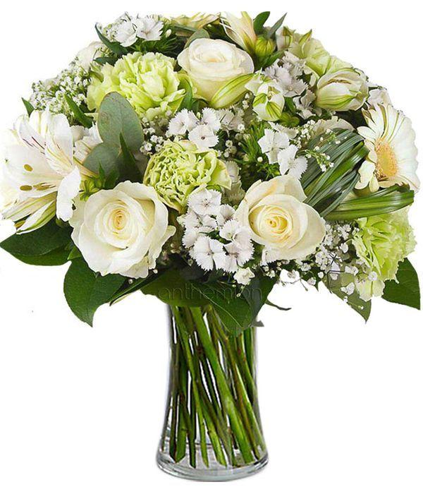 Λευκά κομψά λουλούδια