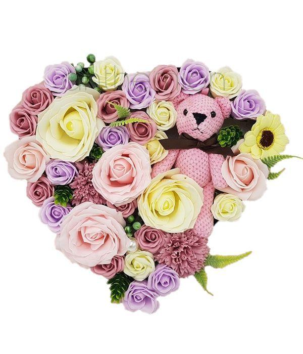 Καρδιά με αρωματικά τριαντάφυλλα από σαπούνι
