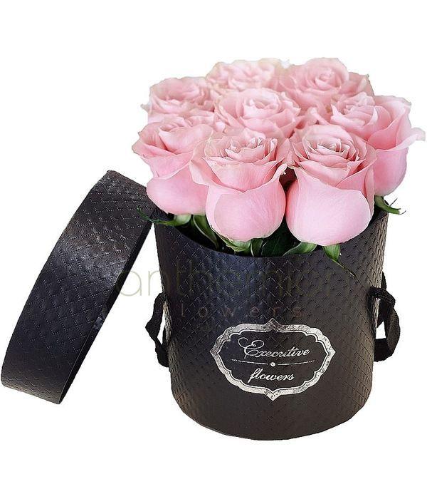 Γλυκά όνειρα σε μαύρο κουτί δώρου