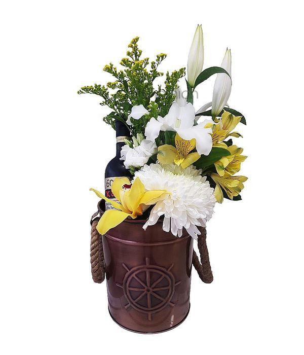 Μεταλλική Σαμπανιέρα με λουλούδια και κρασί