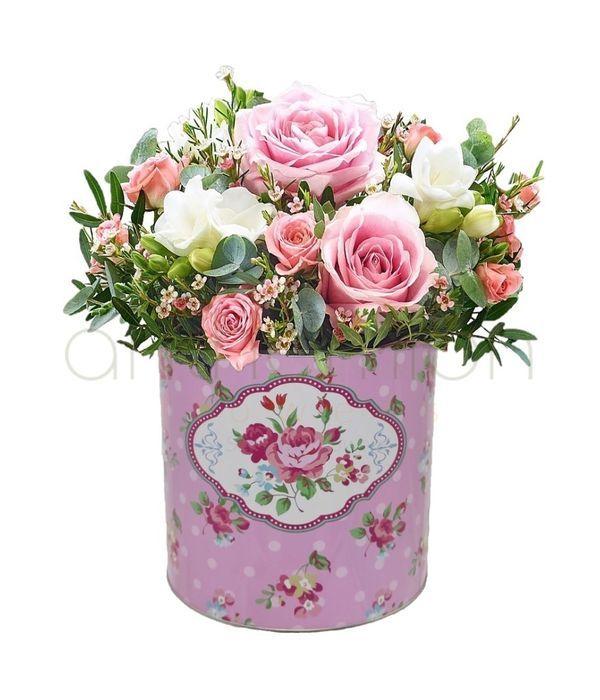 Ρομαντική σύνθεση σε αποχρώσεις του ροζ