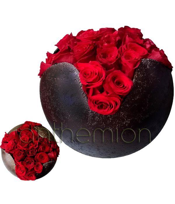 Κεραμική μπάλα με κόκκινα τριαντάφυλλα
