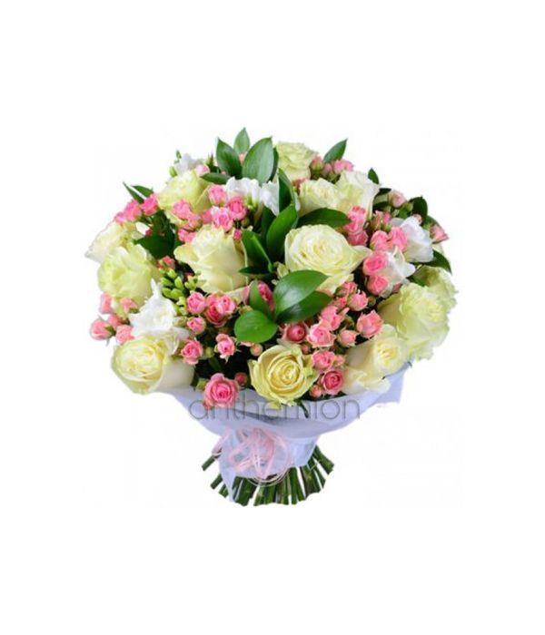 White roses and pink spray roses