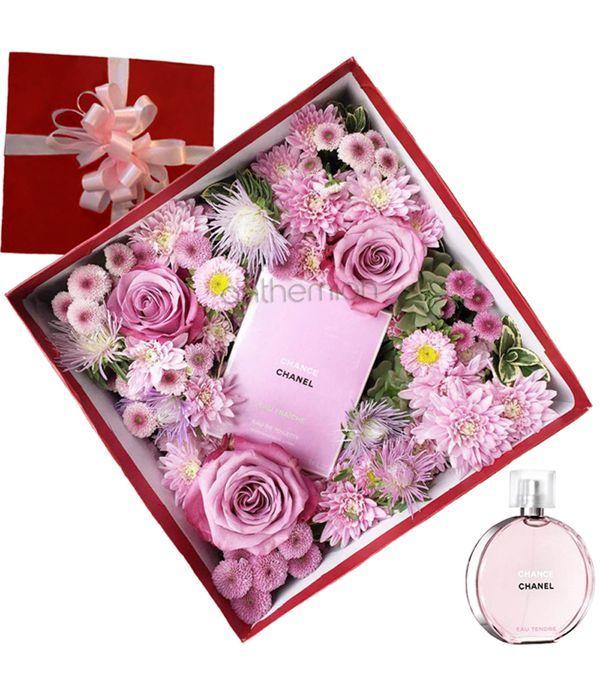 Κουτί δώρου με λουλούδια και άρωμα CHANEL 35ml