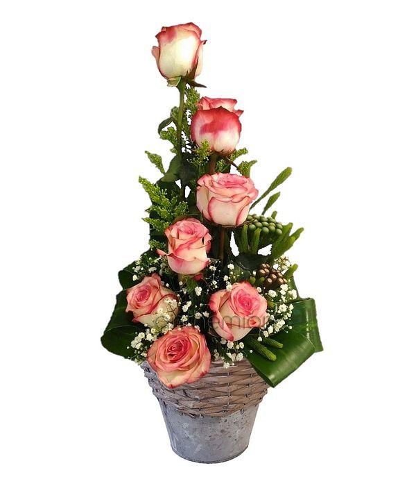 Ιδιαίτερη Σύνθεση με Δίχρωμα Τριαντάφυλλα